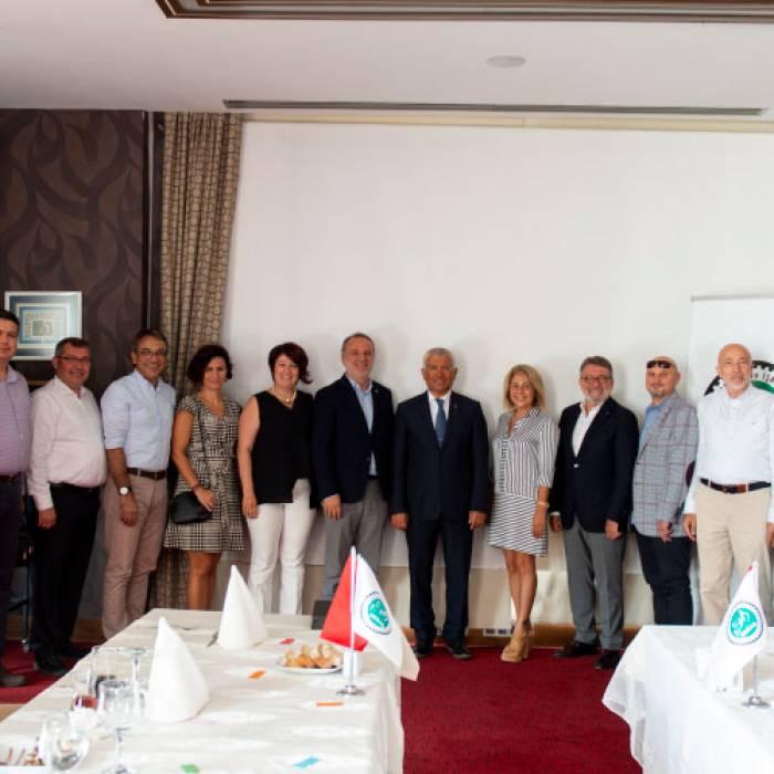 Türk Eximbank Eski Genel Müdürü Sayın Adnan Yıldırım ile ülkemizin güncel ekonomik durumu